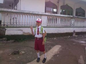 Hari pertama masuk SD, enrico 6 tahun