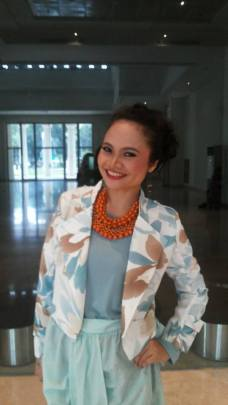 Make-up and Hair Do by Sariayu Martha Tilaar